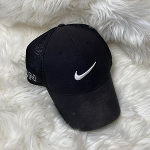 NIKE • Men's Black Nike Golf Hat Size L/XL
